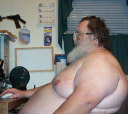 [Image: fat-man-at-computer.jpg]